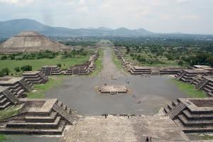 Teotihuacán View_from_Pyramide_de_la_luna