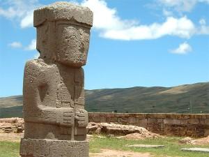 Tiwanaku_Statue_Der_Moench